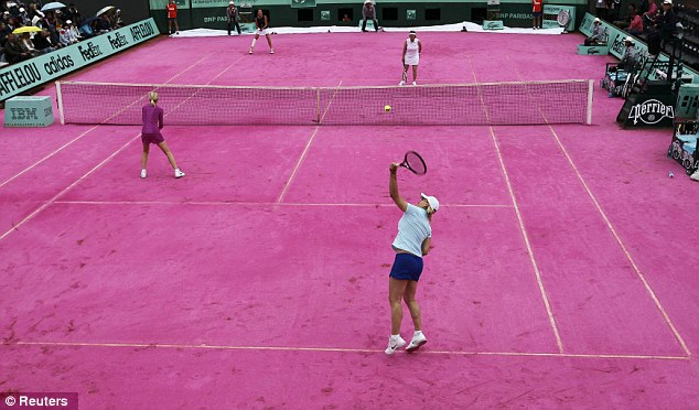 Pink Month: Navratilova Weighs In On Special Tennis Court