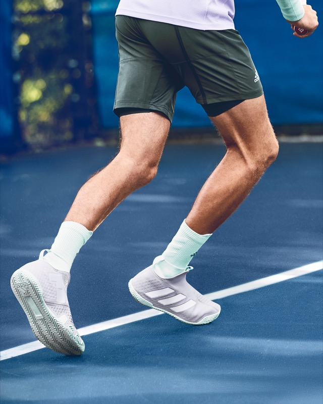 Stefanos Tsitsipas in HEAT.RDY 2n1 Short and Stycon shoe