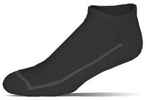 FEETURES BLACK LOW CUT SOCKS