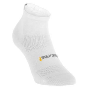 FEETURES LIGHT QUARTER SOCKS