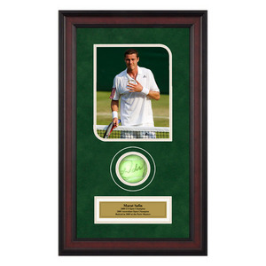 ACE AUTHENTIC MARAT SAFIN AUTOGRAPHED BALL MEMORABILIA