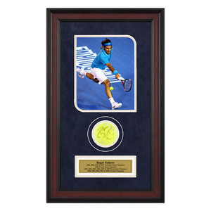ACE AUTHENTIC ROGER FEDERER AUTOGRAPHED BALL MEMORABIL