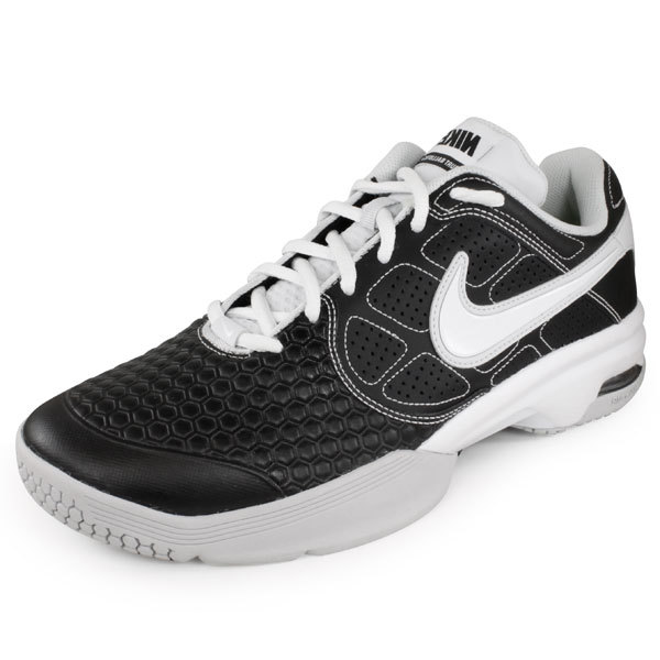 black and white nike tennis shoes