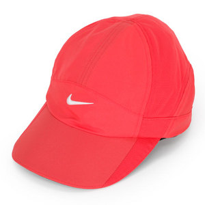 NIKE WOMENS FEATHERLIGHT CAP FUSION RED