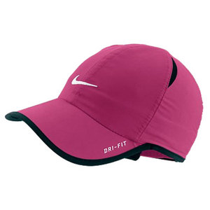 NIKE YOUNG ATHLETES FEATHERLIGHT CAP PINK