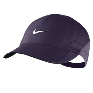 NIKE WOMENS FEATHERLIGHT TENNIS CAP PURPLE