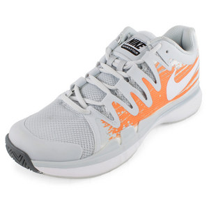 Women`s Zoom Vapor 9.5 Tour Tennis Shoes Pure Platinum and Atomic Orange
