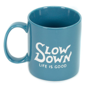 LIFE IS GOOD JAKES SLOW DOWN MUG EXTRA BLUE