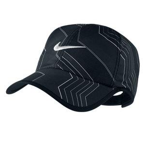 NIKE MENS SEASONAL FEATHERLIGHT CAP BLACK