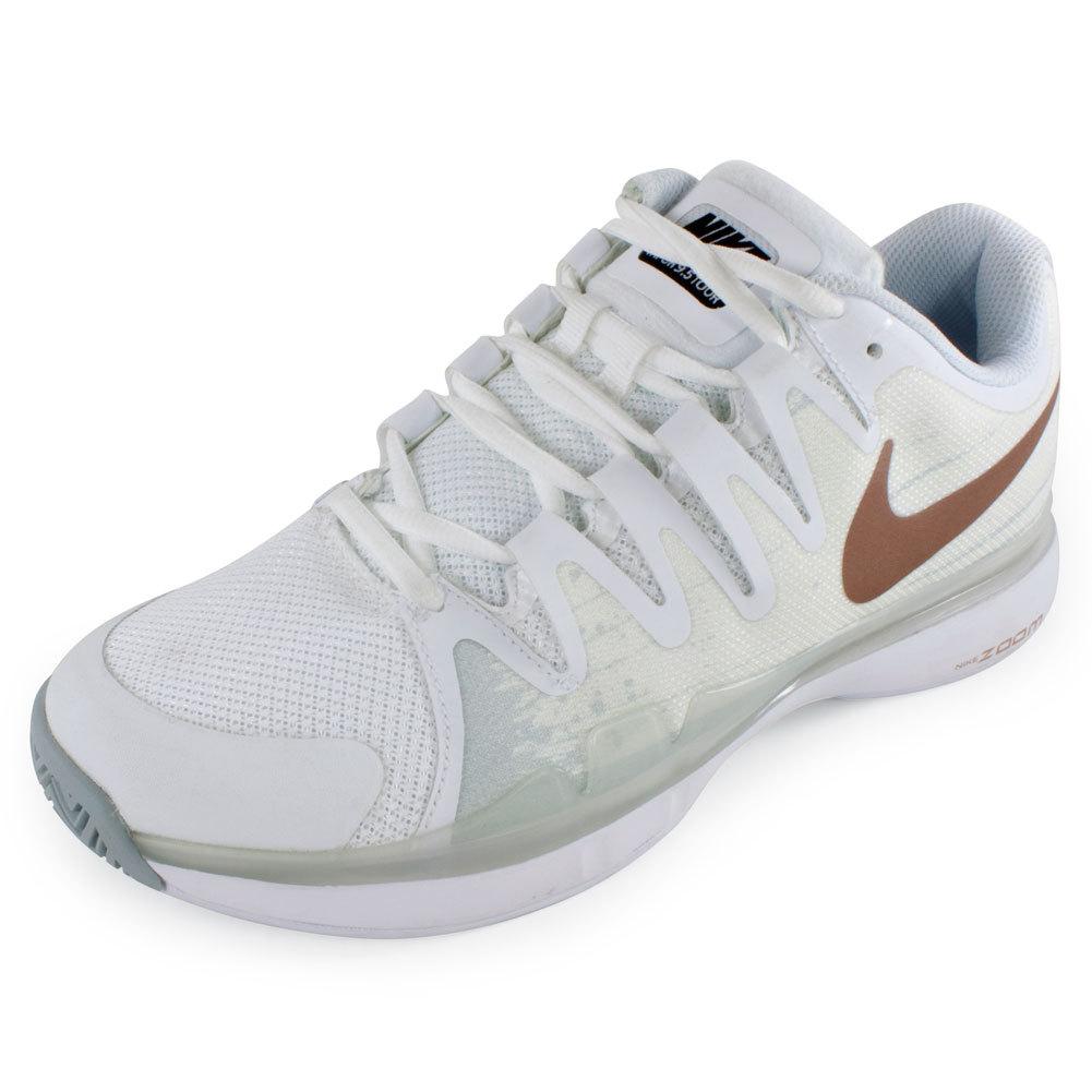 Nike Vapor Court Tennis Shoes - Women