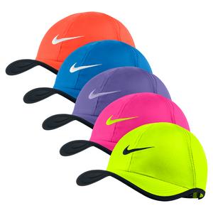 NIKE GIRLS FEATHERLIGHT ADJUSTABLE CAP