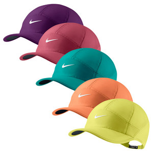 NIKE WOMENS FEATHERLIGHT 2.0 TENNIS CAP
