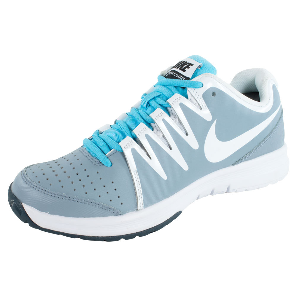 I love sneakers and tennis shoes on Pinterest | Nike, Sneakers and