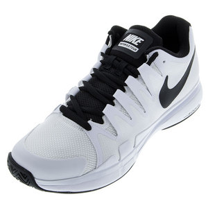 Juniors` Zoom Vapor 9.5 Tour Tennis Shoes White and Black