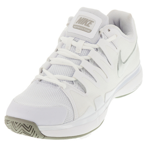 Women`s Zoom Vapor 9.5 Tour Tennis Shoes Summit White and Light Bone
