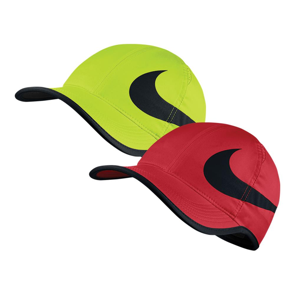 NIKE NIKE Aerobill Big Swoosh Featherlight Tennis Cap. Zoom b3d8ab94e55