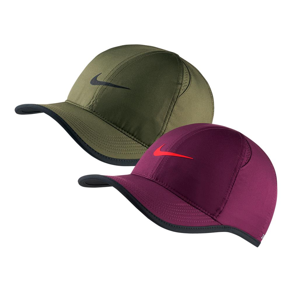d4f7d1f5c6c Nike Court AeroBill Featherlight Tennis Cap