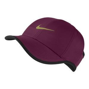 Women`s Court AeroBill Featherlight Tennis Visor Plus Bordeaux