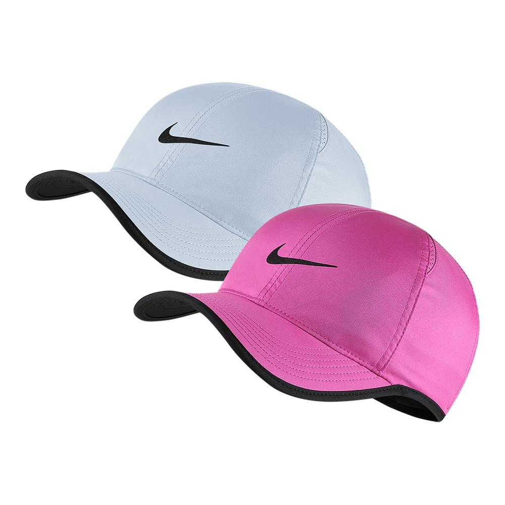new product 3bd8c 4b554 Nike Court AeroBill Featherlight Tennis Cap