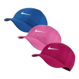 05627c4639a SALE Women`s Court AeroBill Featherlight Tennis Cap Nike ...