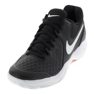 Men`s Air Zoom Resistance Tennis Shoes Black and White