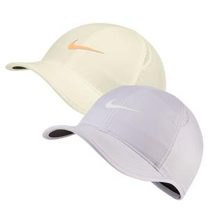 c5e37acc SALE Women`s Court AeroBill Featherlight Tennis Cap Nike ...