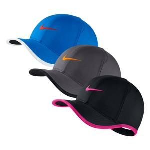 b41e2e2dd3b5 NEW Young Athletes` Featherlight Tennis Cap Nike ...