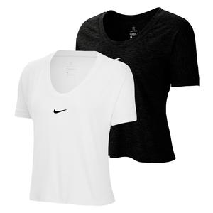 Women`s Court Dry Elevated Essentials Tennis Top