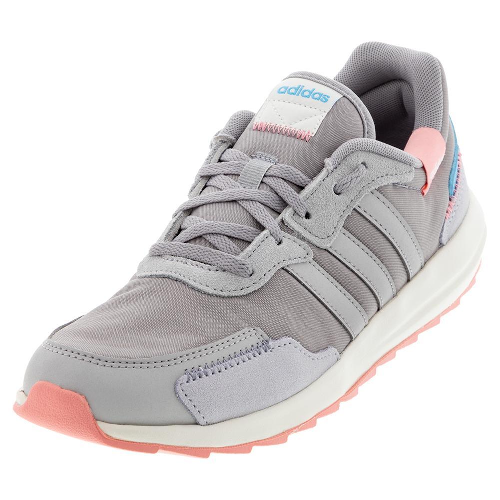 adidas Women`s Retro Run Shoes Light