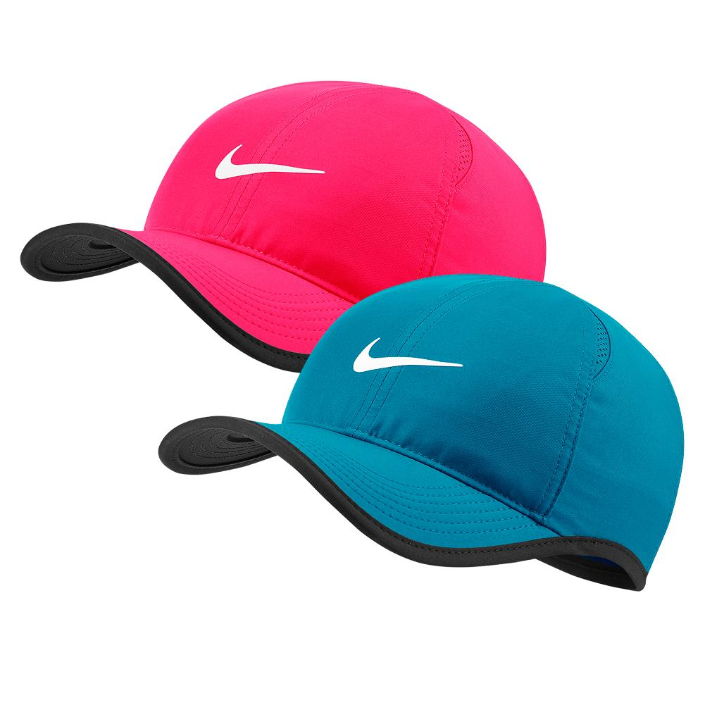 Court Aerobill Featherlight Tennis Cap
