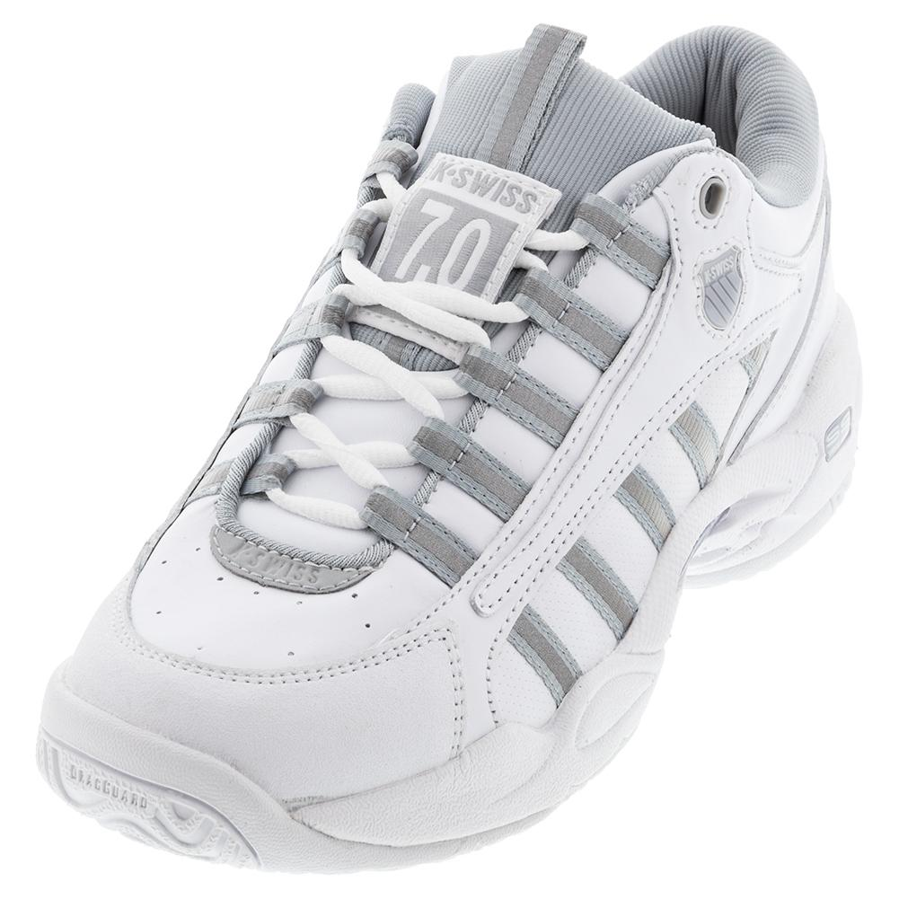 Women's Ultrascendor Tennis Shoes White And High- Rise