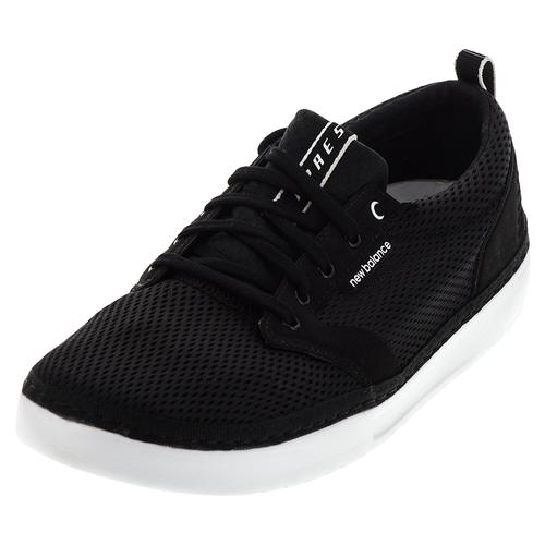 Men's Apres Shoes Black And White